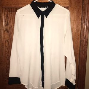 Apt 9 Ivory with black collar & cuffs blouse
